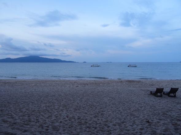 3 Sunset Beach - Twin Beach Resort.