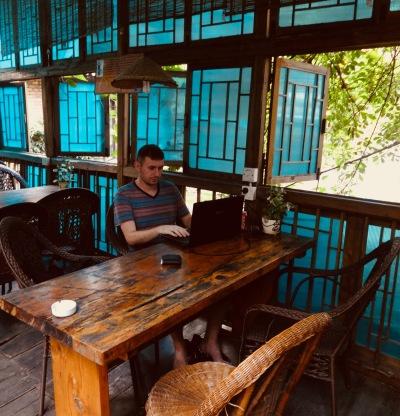 travel blogging hostel Chengdu China
