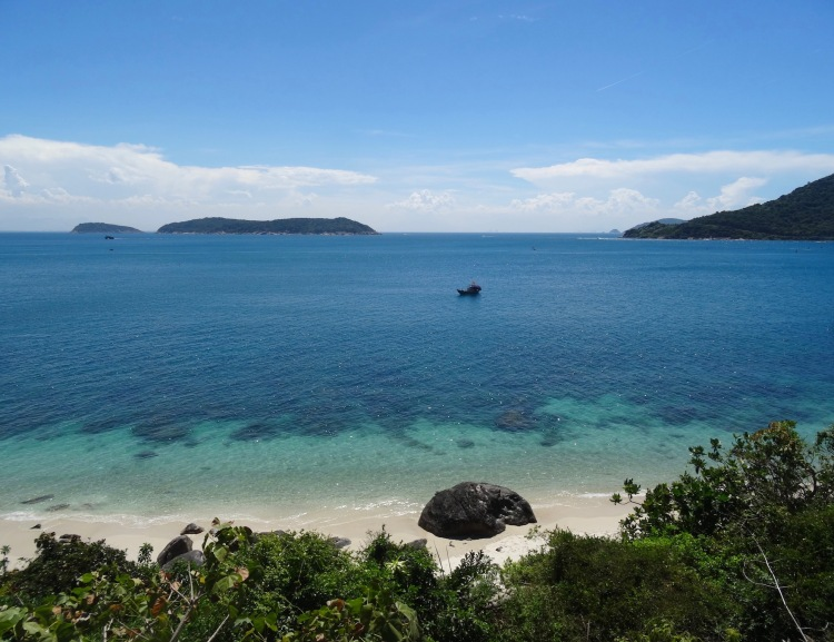 Bai Xep Beach The Cham Islands Vietnam