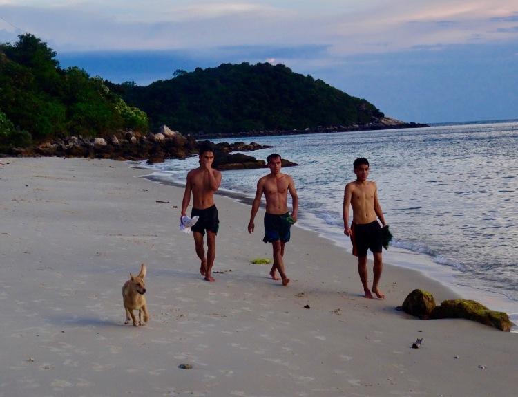 Dusk Bai Xep Beach Cham Island Vietnam