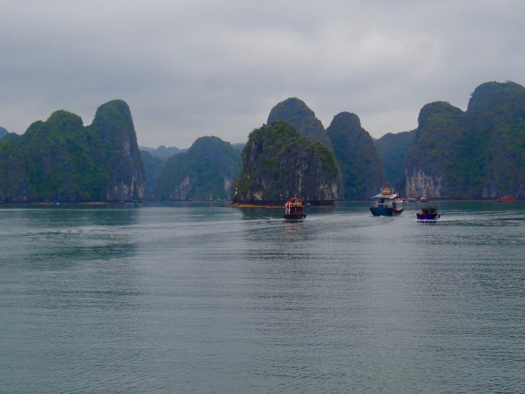 Halong Bay travel guide, Vietnam