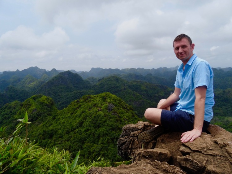 Things to see and do on Cat Ba Island, Vietnam. Halong Bay.