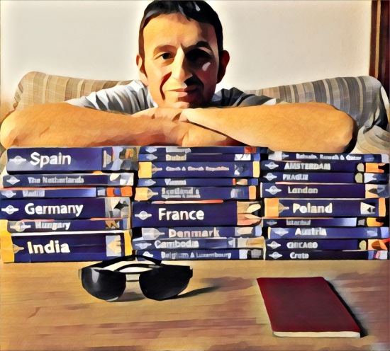 Leighton Thomas Travel blogger, voice over, English teacher