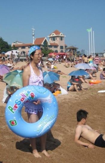 Crowded Beach number 1 Qingdao Shandong Province China