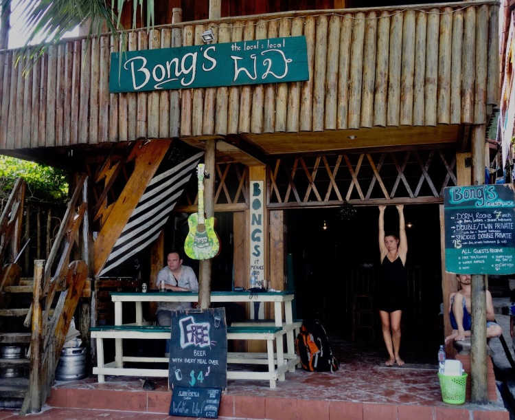 Bong's Guesthouse Bar and Restaurant Koh Rong Cambodia
