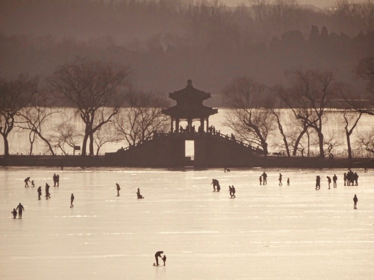 Frozen Kunming Lake The Summer Palace Beijing
