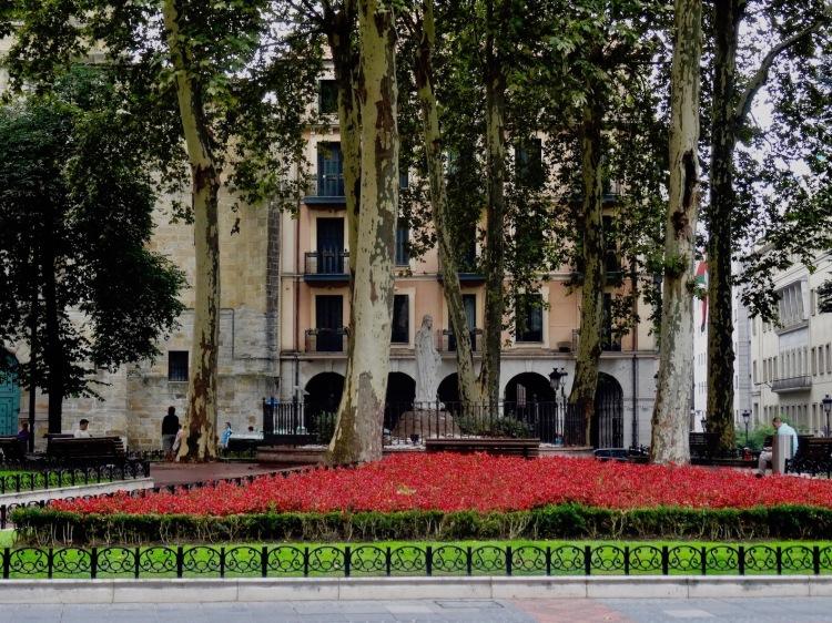 Done Bikende Plaza Bilbao Spain