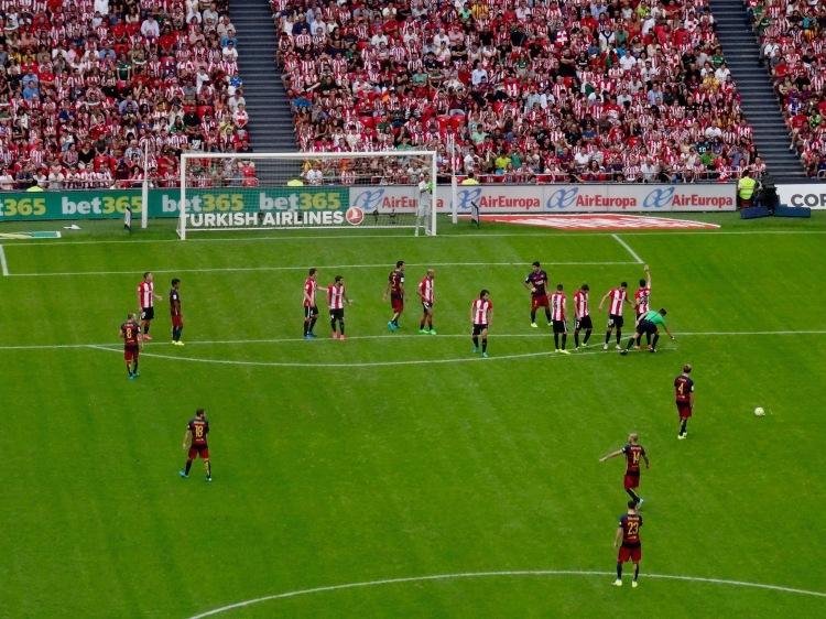 Ivan Rakitic free kick Athletic Bilbao versus Barcelona August 23rd 2015