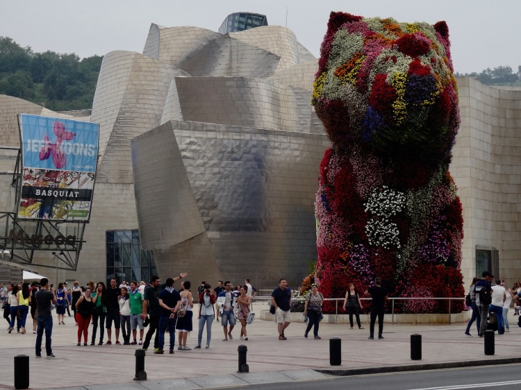Puppy by Jeff Koons The Guggenheim Museum Bilbao Spain